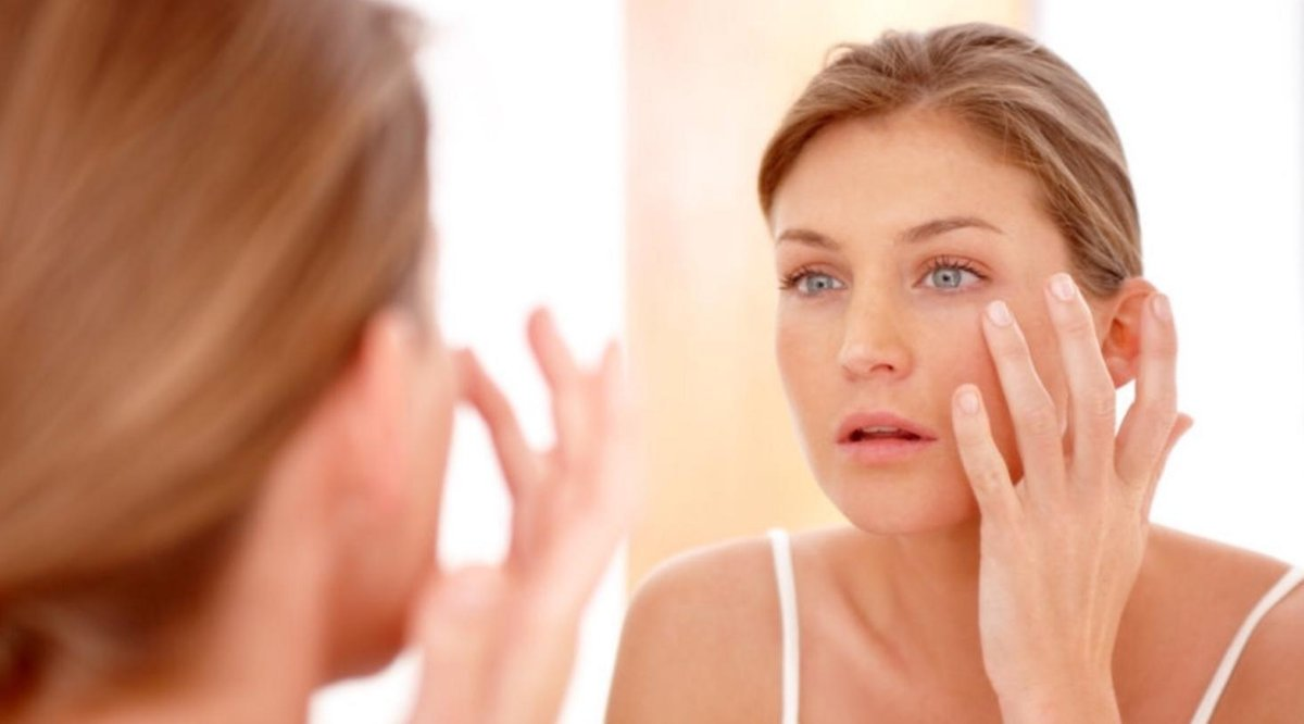 Wie Sie Ihre Haut in den 30ern mit einer 10-Schritte-Hautpflegeroutine pflegen